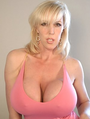 Milf big tits fuck with guys